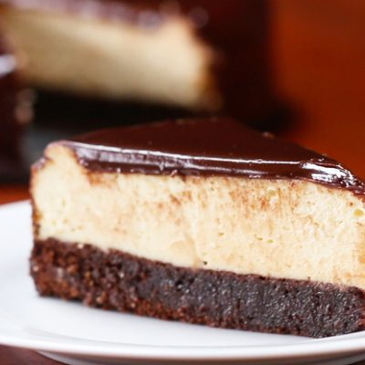 chocolate-fudge-brownie-cheesecake